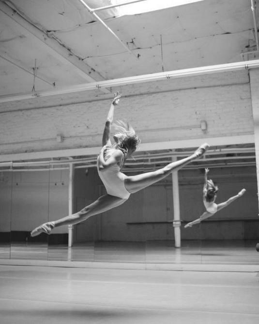 20161202-d-003-karolina-kuras-calley-skalnik-the-national-ballet-of-canada