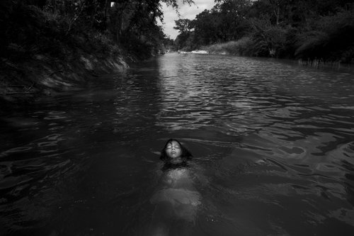 CAROLYN VAN HOUTEN San Antonio, TX, USA www.carolynvanhouten.com @vanhoutenphoto // @vanhoutenphoto