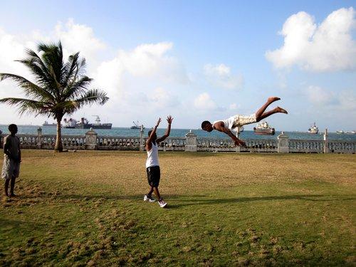 LORENA ENDARA Los Angeles, CA, USA + Panama City, Panama www.pconsal.com @lalorilori